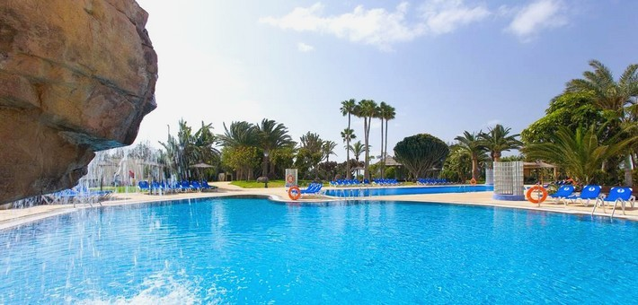 Jour 1. Vol pour Fuerteventura